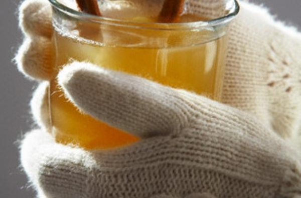 btfri_From-Hot-Tea-To-Hot-Buttered-Rum-Bigelow-Tea-Is-The-Perfect-Drink-